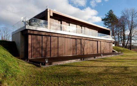 Olvassa el a Thermowood (hőkezelt) homlokzati fa falburkolat építési útmutatónkat, ismerje meg minőségi fa falburkolatainkat!