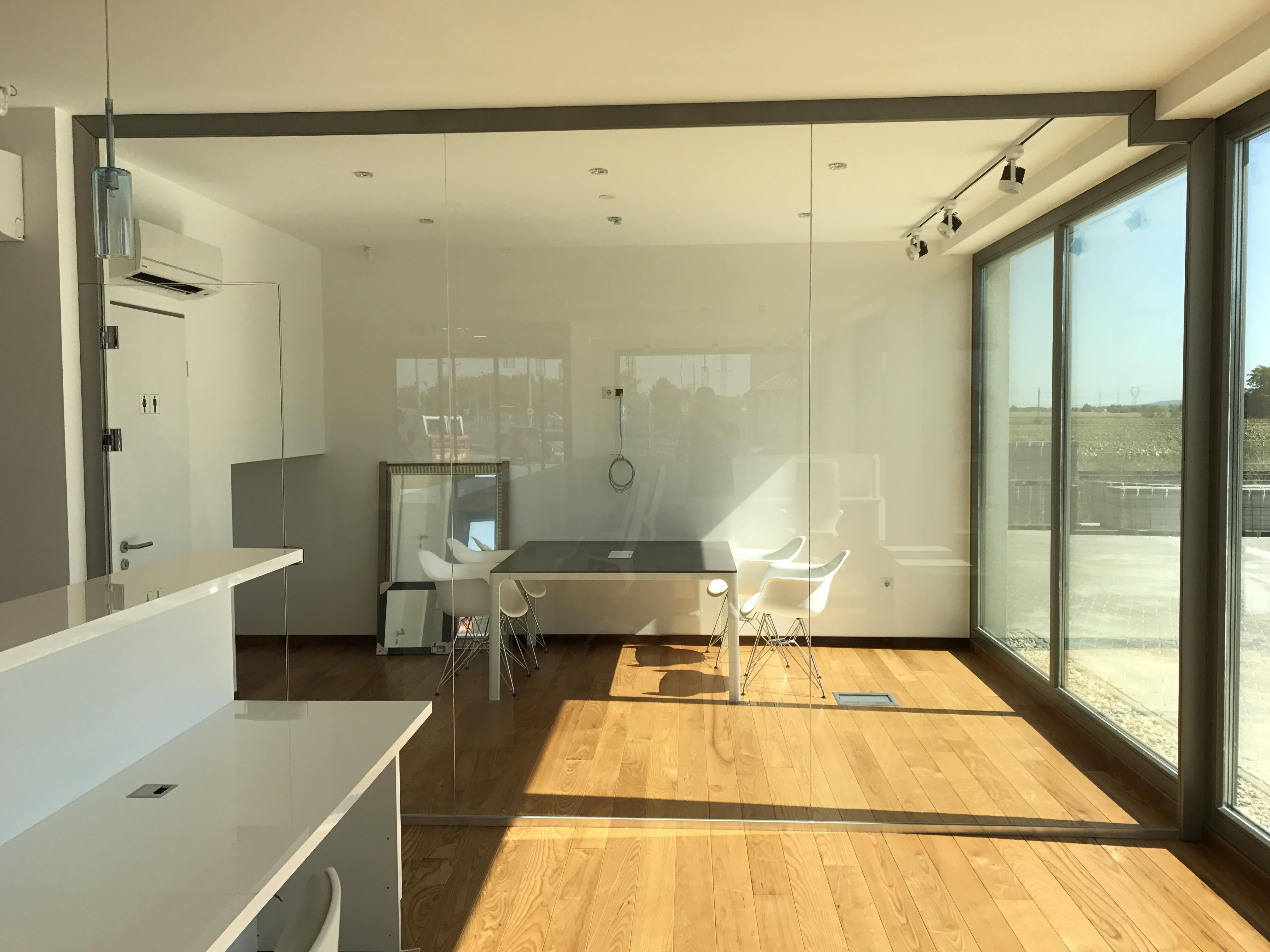 skandináv-fatelep-új-iroda-beköltözés-előtt-1