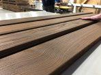Thermowood borovi fenyő teraszburkolat 'A' 26x115mm D4sg(4)